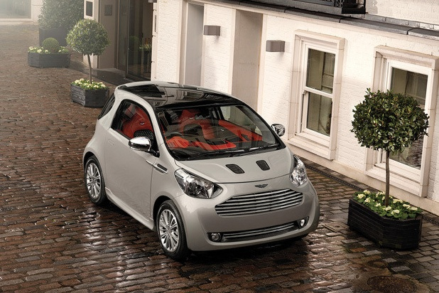 Astonmartincygnet2