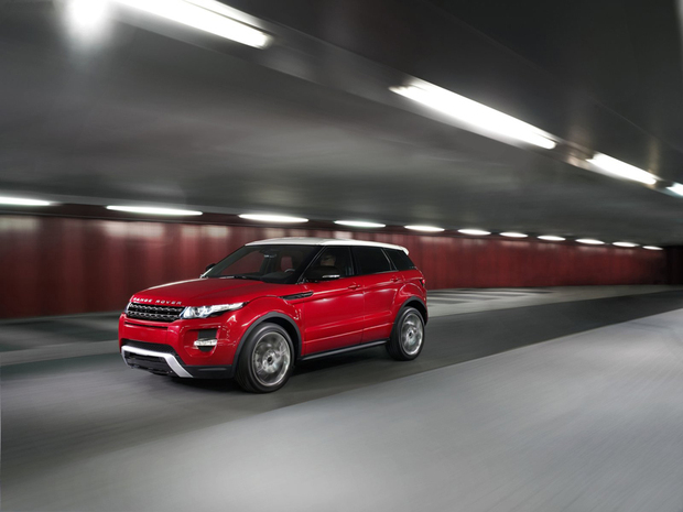 Range_rover_evoque_5door_1